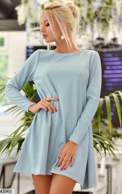 Модное платье мини свободное рукав длинный люрекс на дайвинге голубое