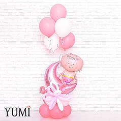 Композиция из воздушных шаров на выписку для девочки