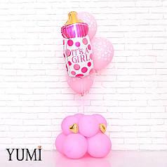 Композиция из воздушных шаров на выписку из роддома