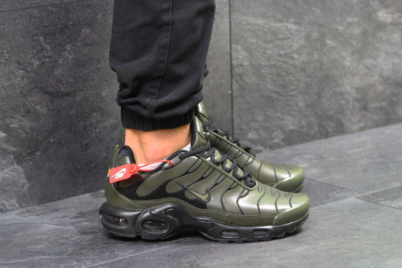 561eb561 Мужские кроссовки Nike Air Max TN реплика темно зеленые (пресскожа), ...