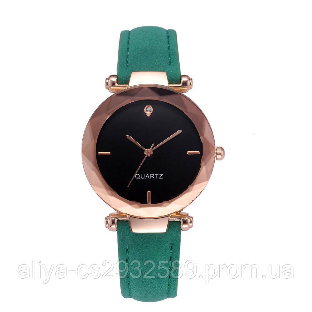 Часы женские Crystal в зеленом цвете
