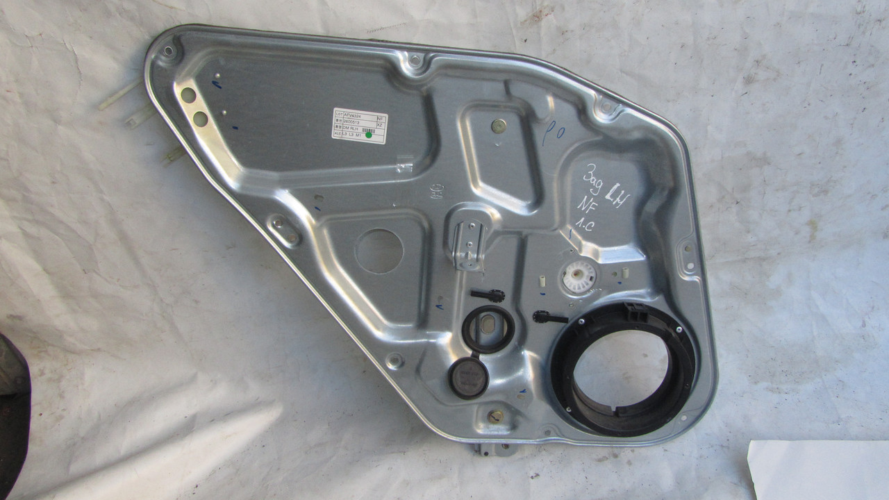 Механизм стеклоподъемника двери задней левой Hyundai Sonata NF 2005-2010 834713K001