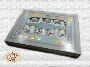 Скатертина біла Home Plus з серветками (150x220cm.)
