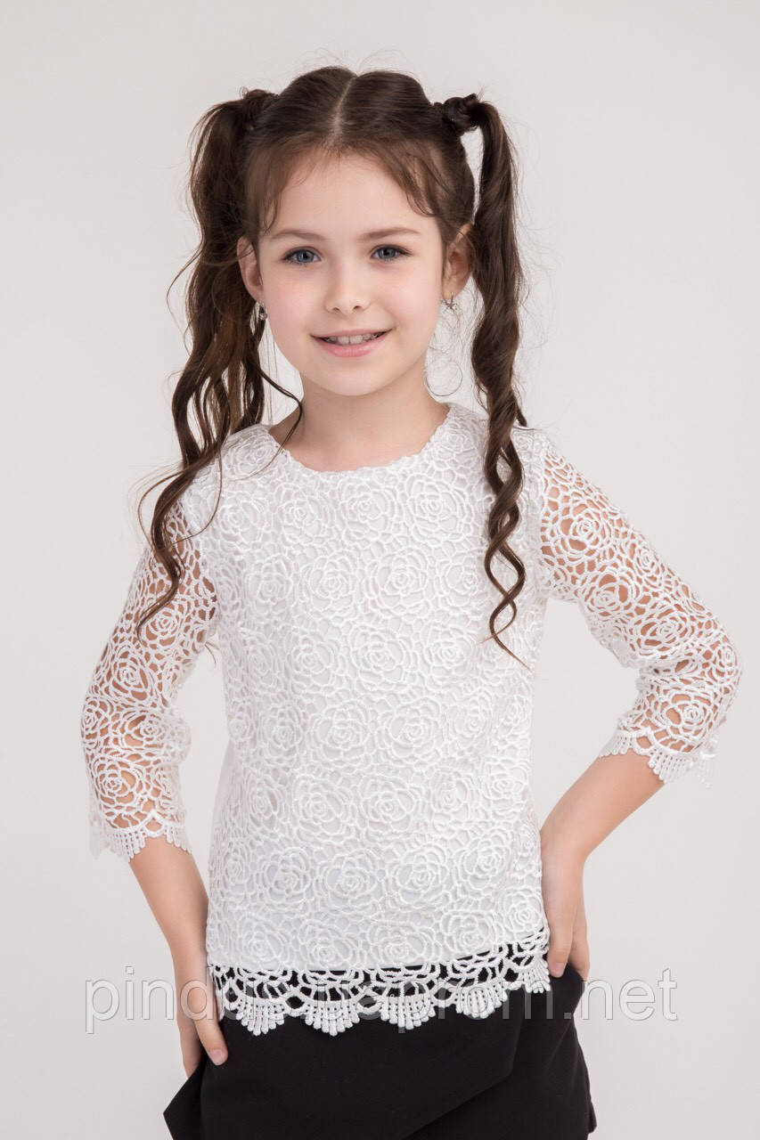 bba56cea3a5 Красивая ажурная блузка для девочки