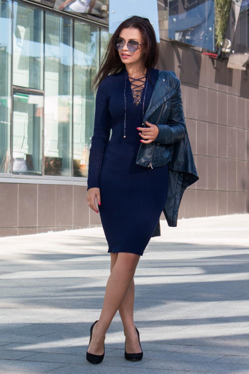 Тепле в'язане плаття облягаючого силуету зі шнурівкою на грудях Розмір універсальний 42-48