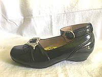 Туфли  лаковые черные  р.24,25,26