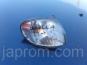 Указатель поворота(поворот) правый Toyota Corolla 1999-2001г.в. DEPO 01-212-15F1R-C