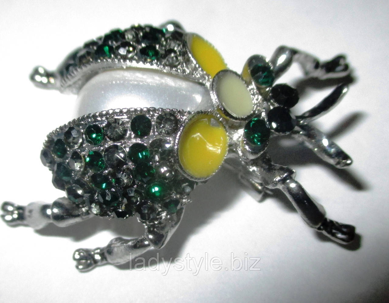 Красива брошка - жук з перлиною від студії LadyStyle.Biz