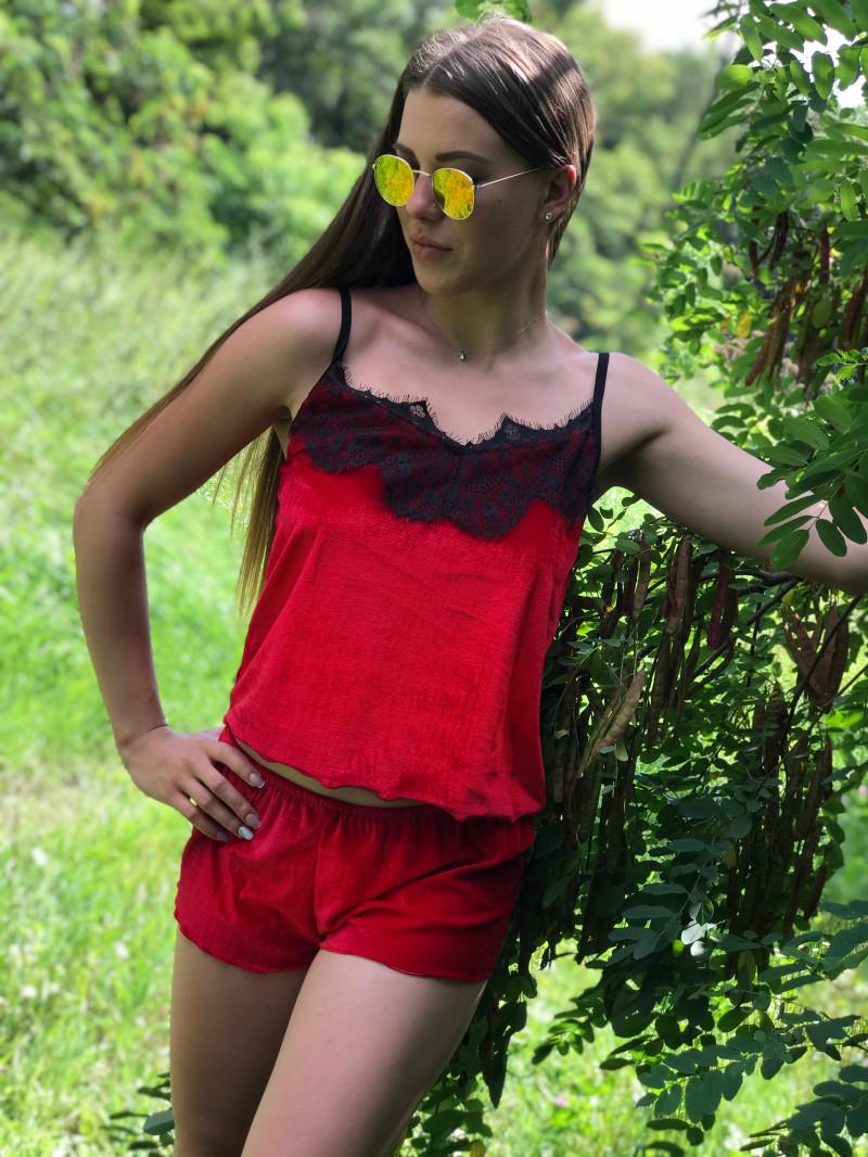 Женская велюровая пижама с шортами Код п101