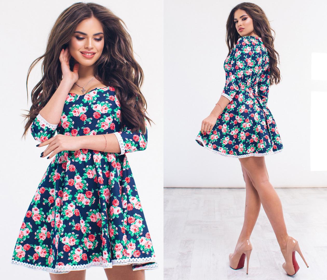 Короткое платье с расклешенной юбкой, цветочный принт арт 6360-93