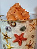 Вес 130 г. Мыло оранжевого цвета куча-мала из хрюшек. Новогодний сюрприз друзьям