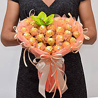 Букет из Ferrero Rocher. Подарок на 14 февраля, на 8 марта, сладкий подарок / набор подарочный