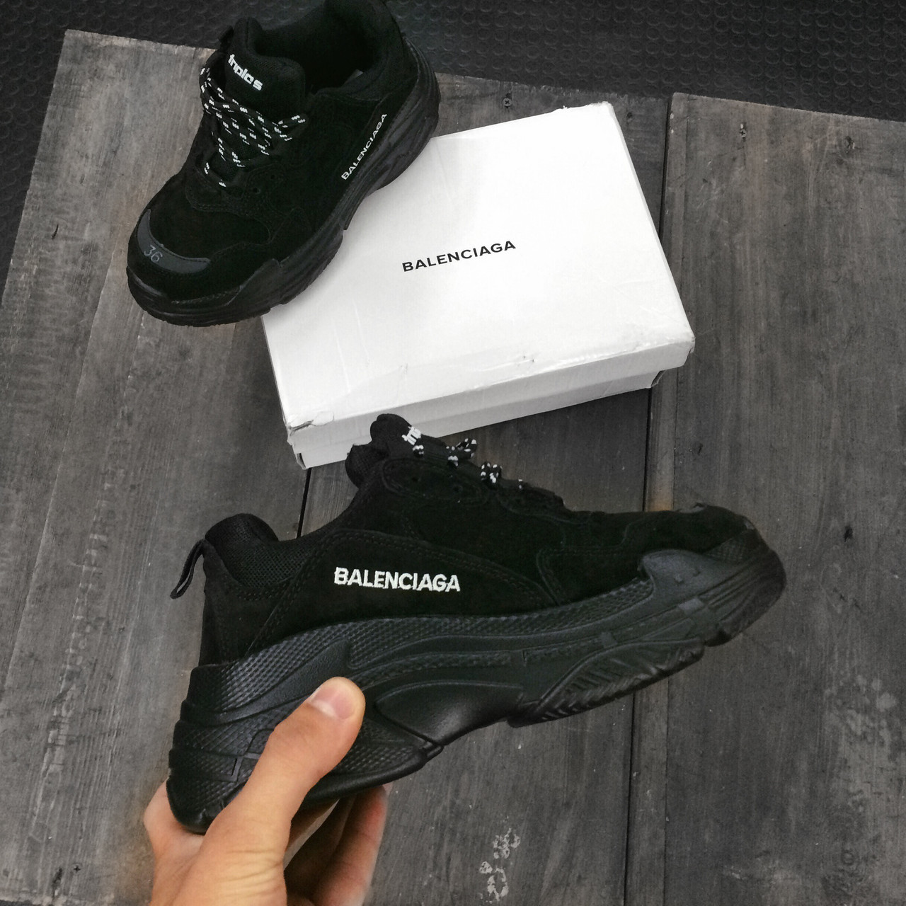 Женские кроссовки Balenciaga Замша