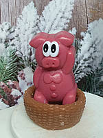 Новогоднее мыло корзинка с поросенком с глазками, ручная работа. Общий вес 250 г. Подарок в год кабана 2019