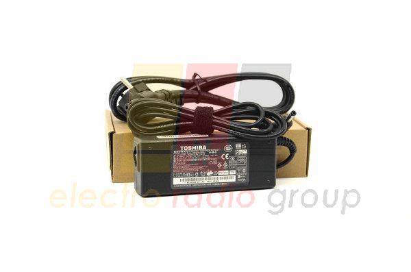 Блок питания для ноутбука TOSHIBA 19V 4.74A (90 Вт) штекер 5.5*2.5 мм, длина 0,9 м + кабель питания