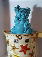 Подложи другу свинью на рождество=))) Сувенирное мыло Мадам свинка в шляпке Вес 260 г.