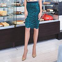 Красивая юбка из набивного гипюра с фестоном, изумруд