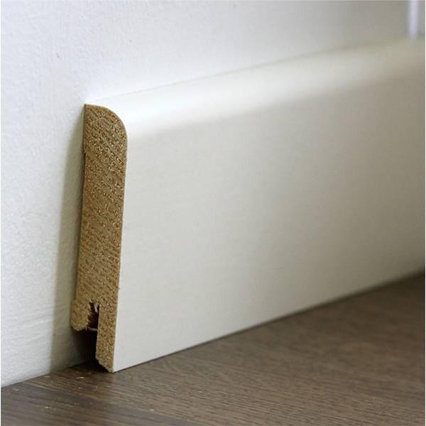 Плінтус підлоговий білий дерев'яний 15*70*2400мм, ламінована RAL9010