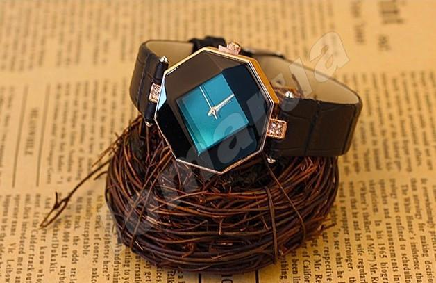 Кварцевые женские часы Octaedre Black V.1