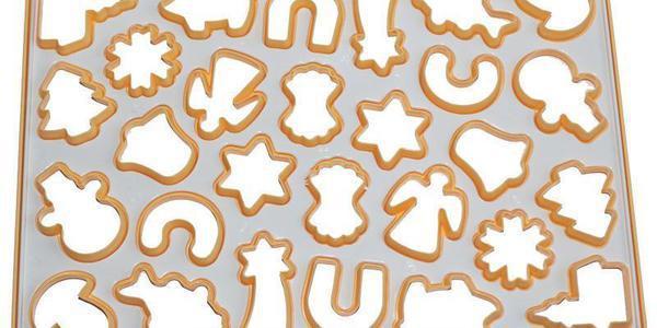 """Форма Cookie Cutter для вырубки печенья """"Рождество"""" 28 ячеек 33х23см"""