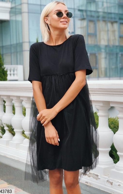 Летнее платье короткое с фатином короткий рукав от груди свободное черное