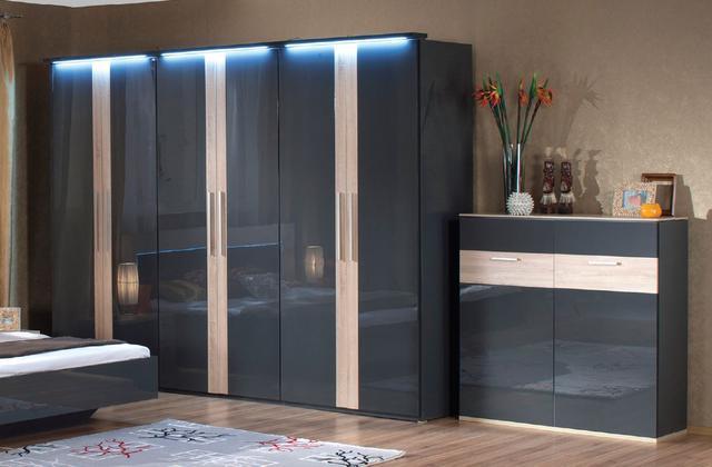 Шкаф 6-дверный Капри с комодом