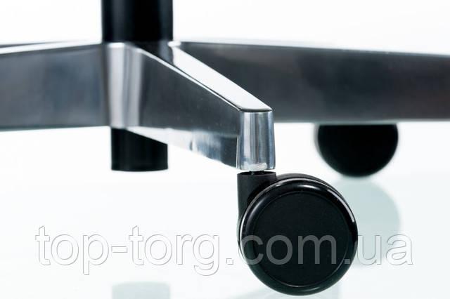 Крестовина: Пяти лучевая крестовина сделана из литого под давлением алюминиевого сплава с эпоксидным порошковым покрытием, диаметр 700 мм