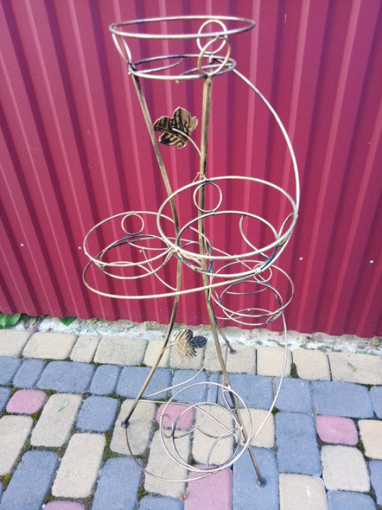 "Подставка кованая для цветов ""Спираль"" на 5 вазонов"