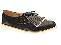 Польские молодёжные женские туфли из лаковой кожи