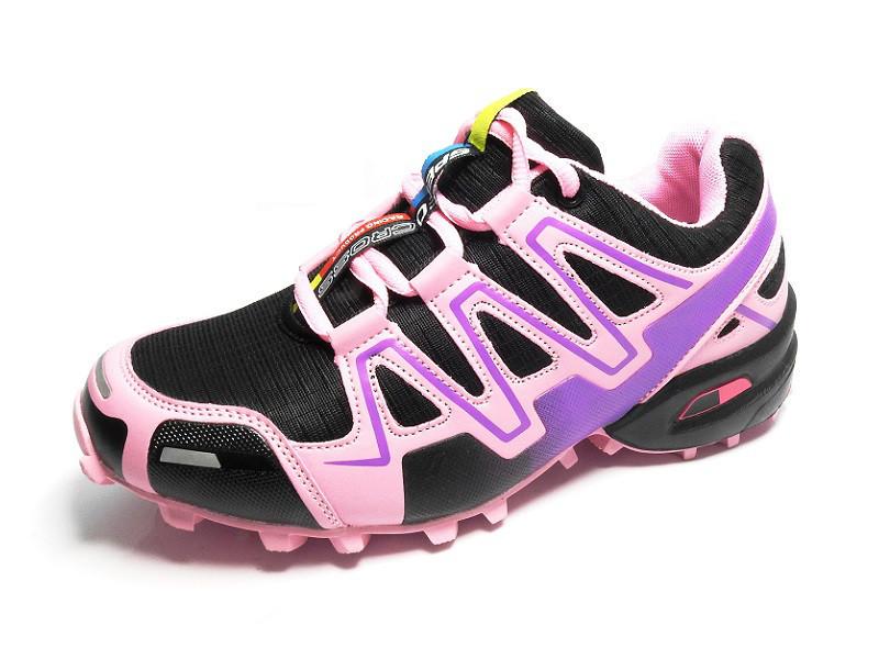 Молодежные кроссовки от польского производителя фиолетового цвета