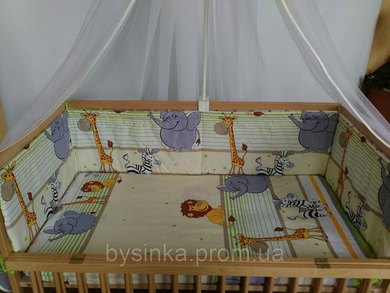 Простынь детская на резинке в кроватку -Мадагаскар