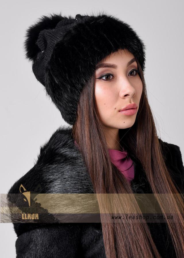 Женская зимняя вязаная шапка с мехом и бубоном ФОТО