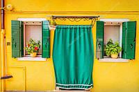 Барвисті віконниці