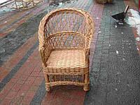 Плетеное детское кресло из лозы