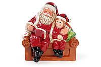 Декоративная статуэтка Санта с мальчиком 20см