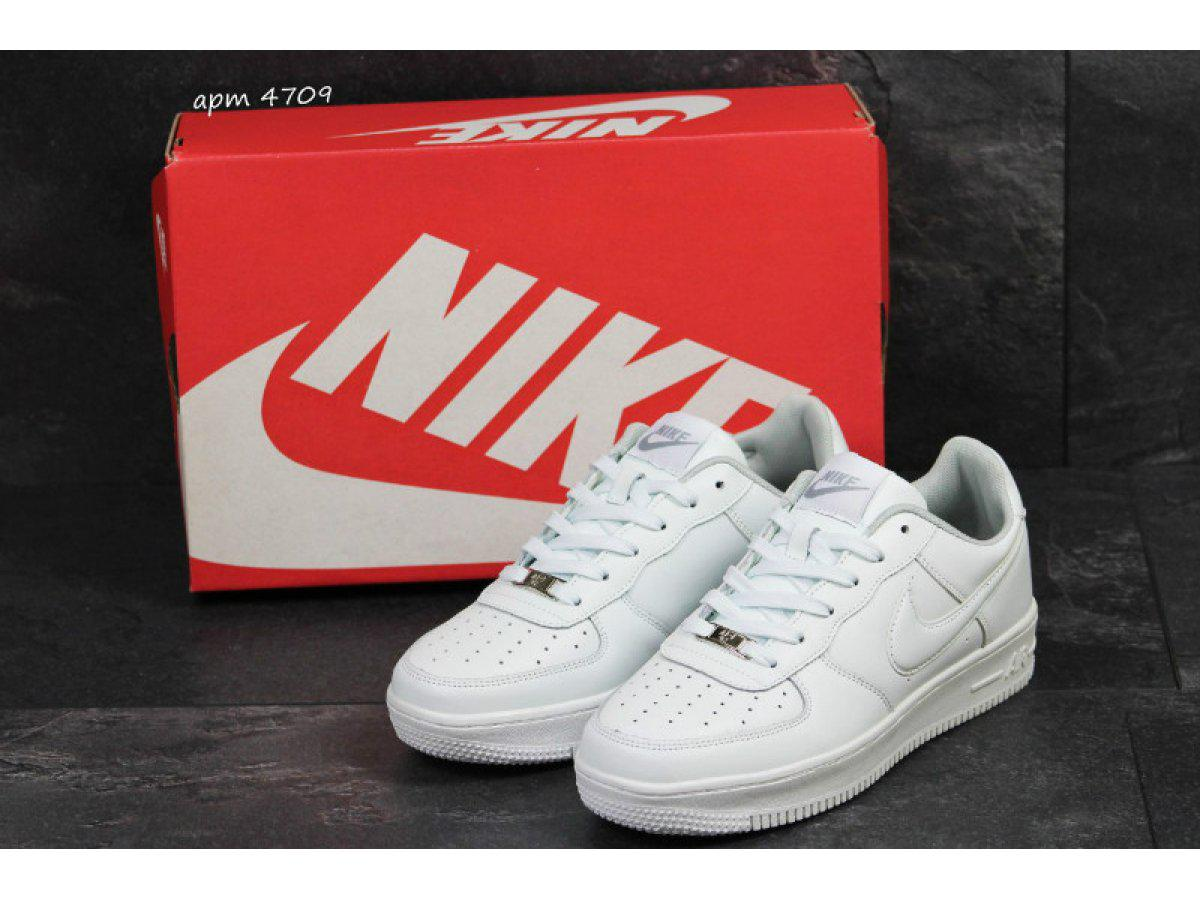 Мужские кроссовки Nike Air Force - Магазин обуви и одежды онлайн VZUV в  Харькове 6a4ebb47a0e91