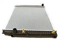 Радиатор охлаждения Opel Vivaro / Nissan Primastar / Renault Trafic II 2.0 CDTI 08 / 06-