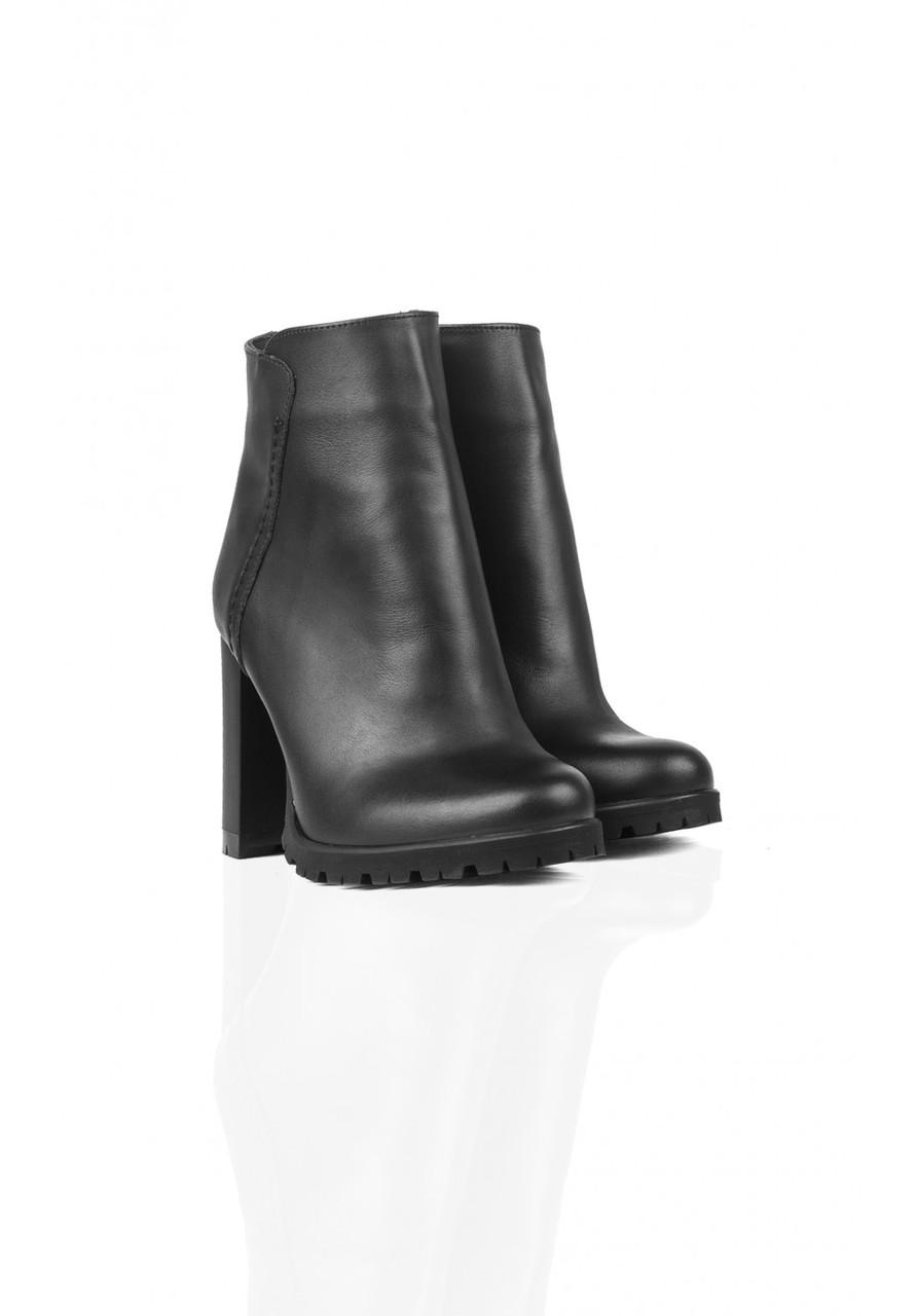 Ботинки Kasandra 009 39 Черный