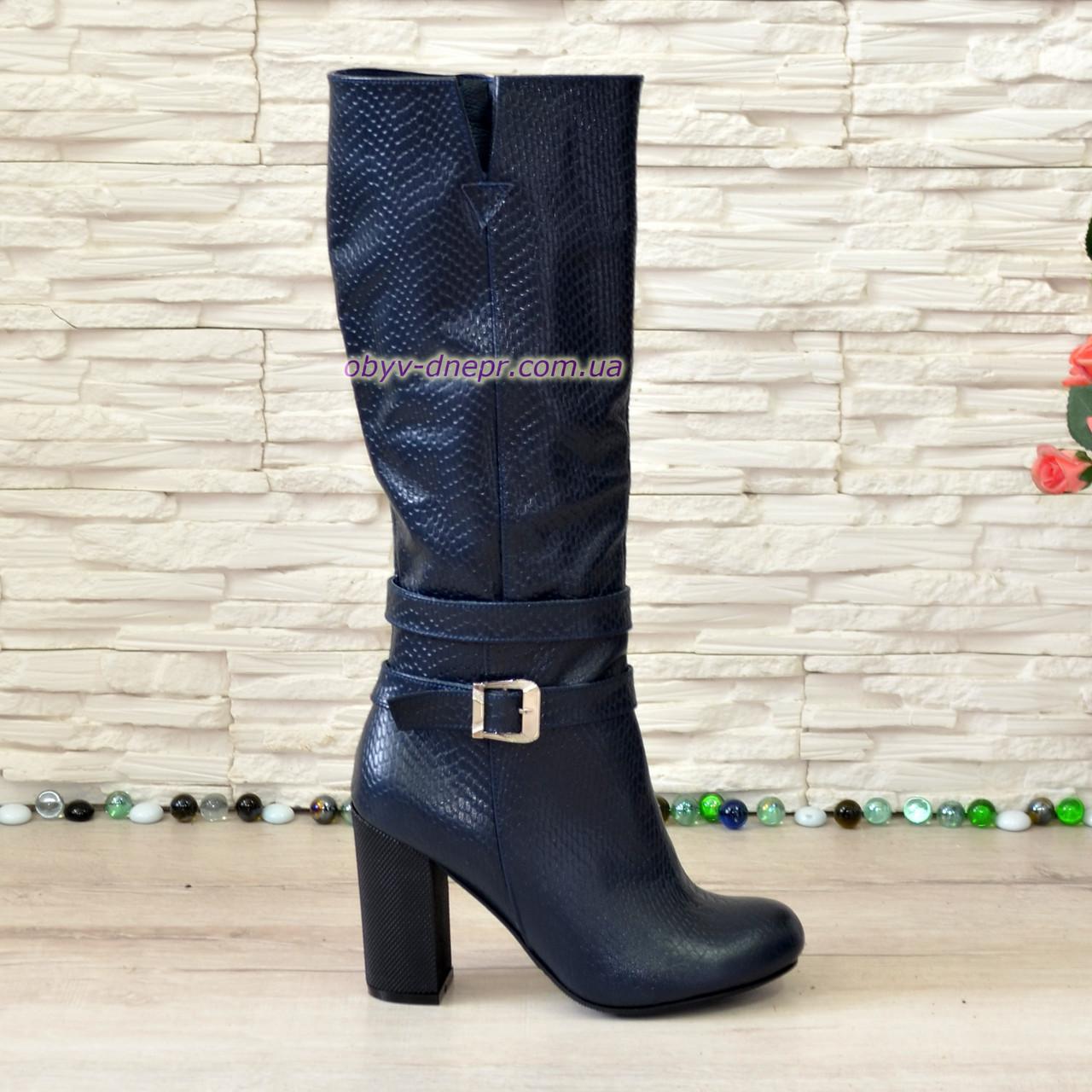 """Элегантные женские зимние сапоги на устойчивом каблуке, натуральная кожа """"питон"""""""