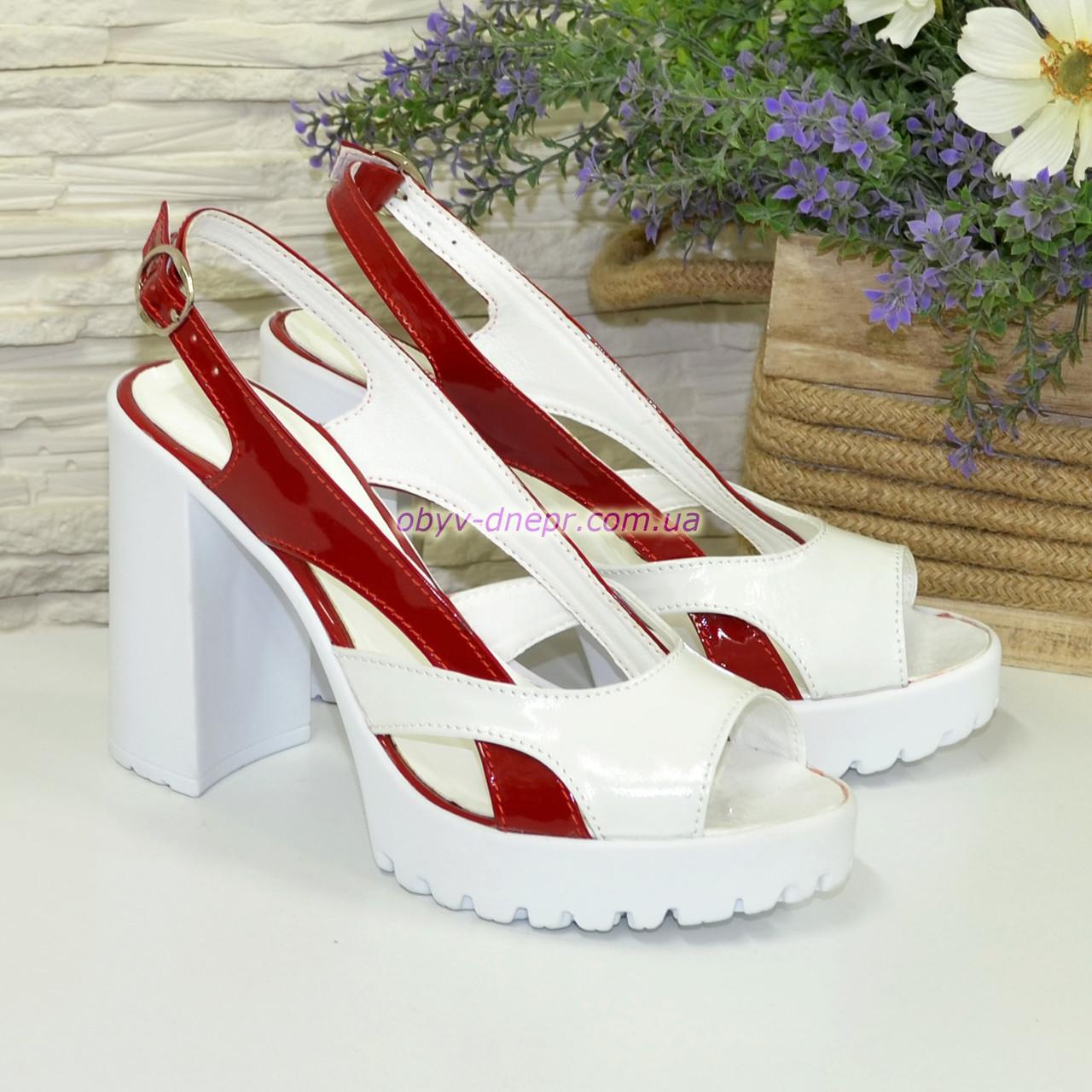 Женские лаковые босоножки на высоком каблуке