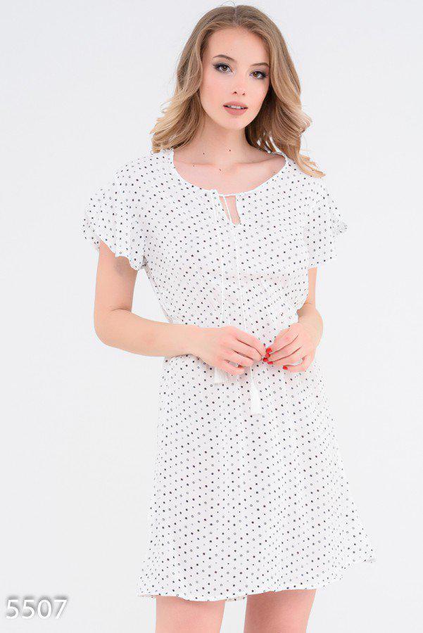 Приталенное платье с короткими рукавами 5507 Issa Plus M Белый