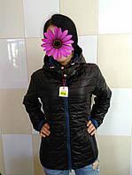 Женская куртка черного цвета с капюшоном размер 48