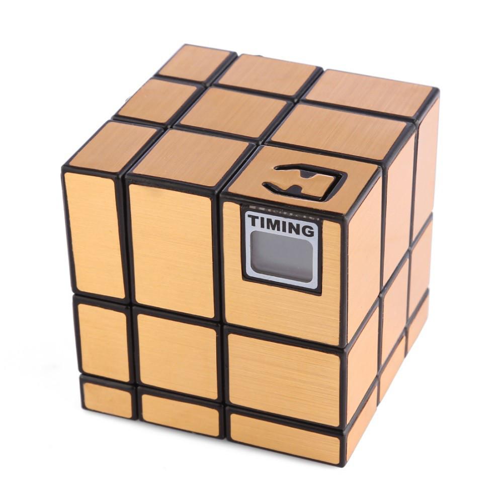 Кубик Рубика 3х3х3 со встроенным таймером золото
