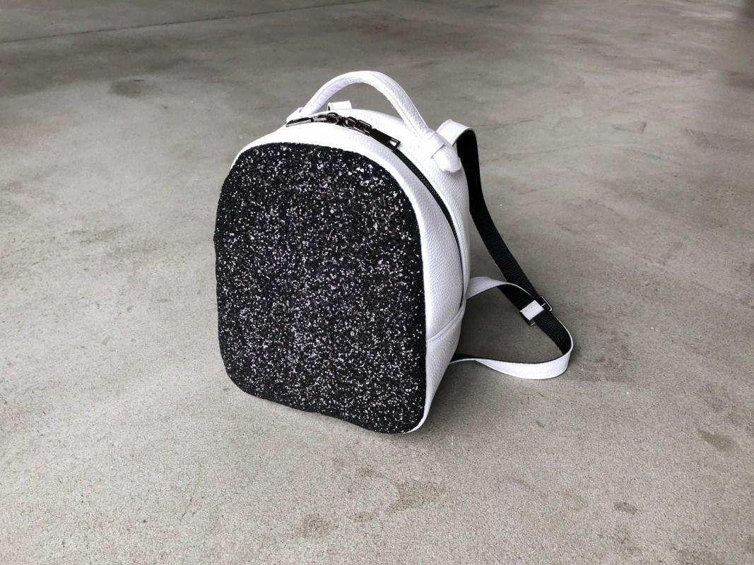 Рюкзак 0016 белый флотар+ черное битое стекло
