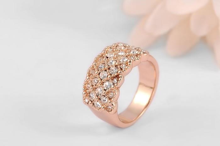 Романтическое кольцо ROXI с кристалликами