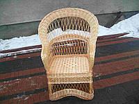 Плетеное кресло из лозы до пола