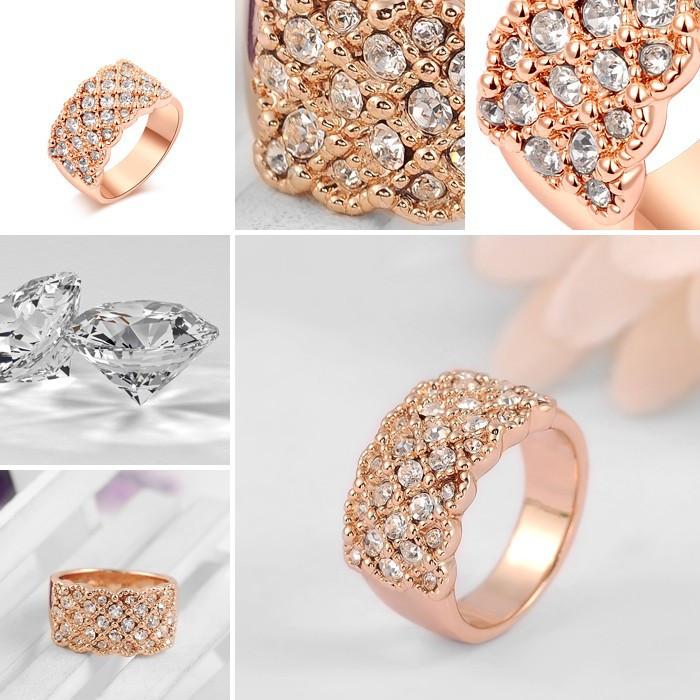 Дуже красиве кільце ROXI з кристалами