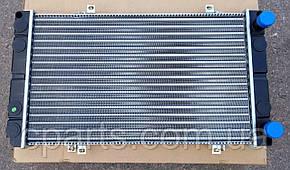 Радиатор основной Dacia Super Nova с кондиционером (Breckner BK50004)(среднее качество)