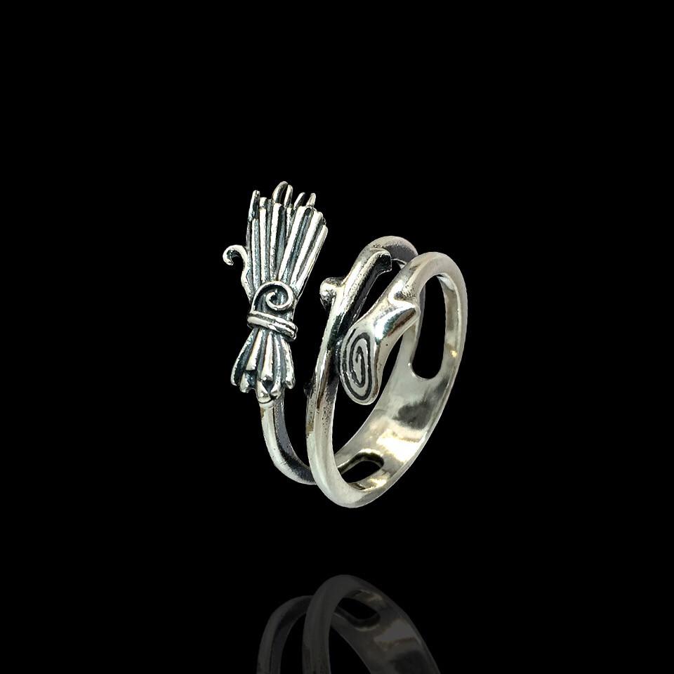 Серебряное кольцо Метла