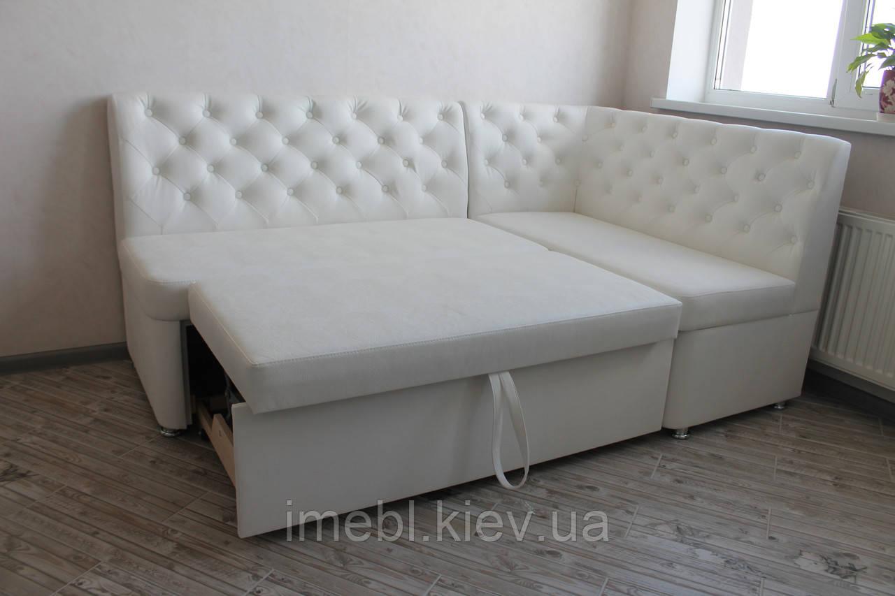 Кухонный уголок со спальным местом в белом кожзаме